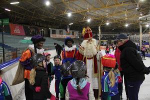 Sinterklaas en de helmen